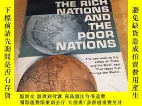 二手書博民逛書店The罕見Rich Nations And The Poor N