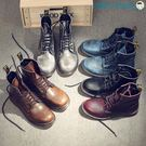 黑五好物節英倫風真皮工裝馬丁靴男復古情侶短靴【洛麗的雜貨鋪】