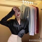 長板襯衫秋裝新款設計感小眾襯衫寬鬆純色V領緞面長袖雪紡衫上衣女裝(快速出貨)