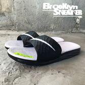 Nike Wmns Benassi Solarsoft 黑白勾 拖鞋 女 (布魯克林)  705475-010
