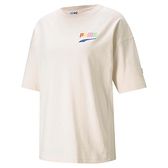 【現貨】PUMA Downtown 女裝 短袖 棉質 休閒 俏皮 街頭 徽章 印花 米白 歐規【運動世界】53024475
