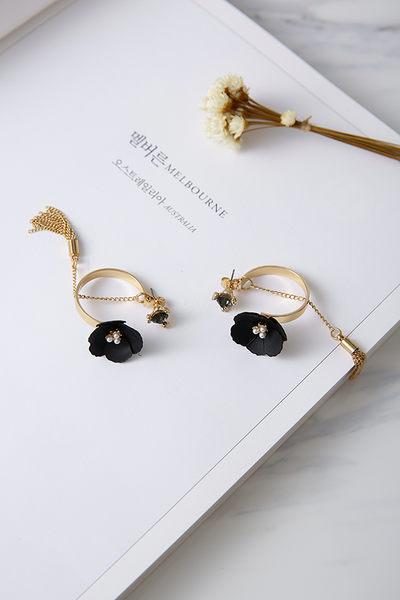 Qmigirl 個性閃鑽金屬花朵鏈條流蘇後掛式耳環耳釘耳針【QG2210】