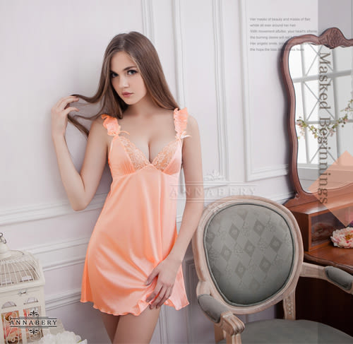 情趣用品   肩帶抓皺粉橘優雅睡衣  中大尺碼家居服