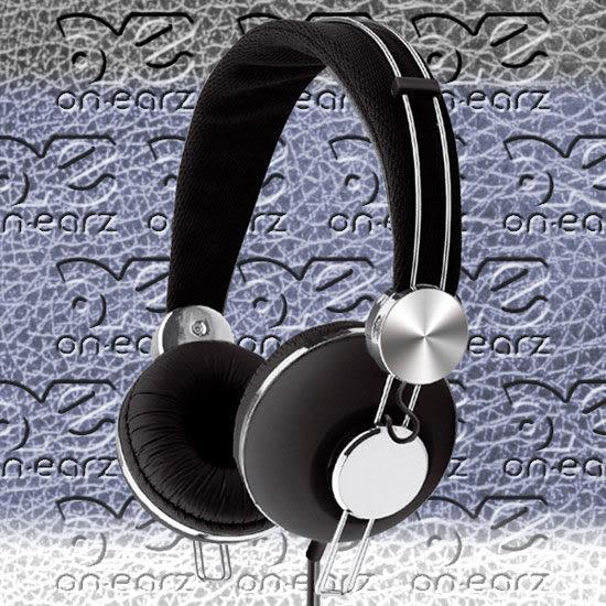On earz LUXXY 耳罩式耳機