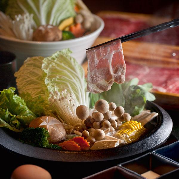 高雄翰品酒店品日式料理壽喜燒或涮涮鍋