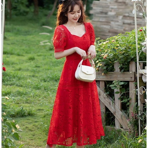 方領露鎖骨優雅蕾絲中長洋裝*約會宴會服飾[88001-QF]美之札