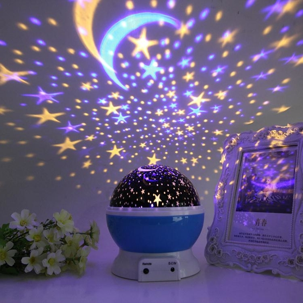投影燈 創意浪漫星空燈投影儀臥室夢幻旋轉滿天星兒童床頭氛圍情侶小夜燈 韓菲兒
