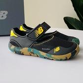《7+1童鞋》中童 NEW BALANCE YO208CK2 輕量 護趾涼鞋 9593 黑色