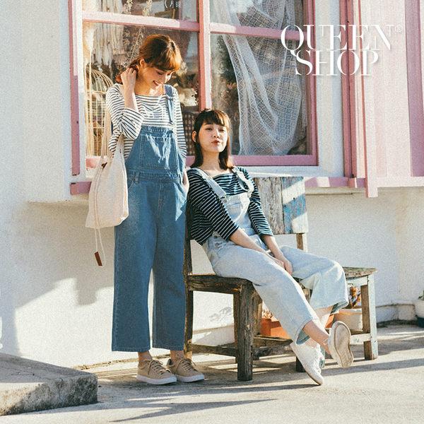 Queen Shop【04050448】休閒寬褲設計牛仔吊帶褲 兩色售 S/M*預購*