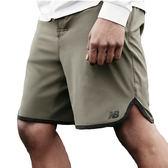 """NB DRY 9"""" 男 軍綠 短褲 運動褲 慢跑 籃球褲 休閒 彈性平織短褲 New Balance 五分褲 AMS81099DCG"""