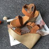 涼鞋 厚底坡跟舒適女涼鞋夏真皮印心型花布防水台高跟女鞋休閒潮鞋 雲雨尚品