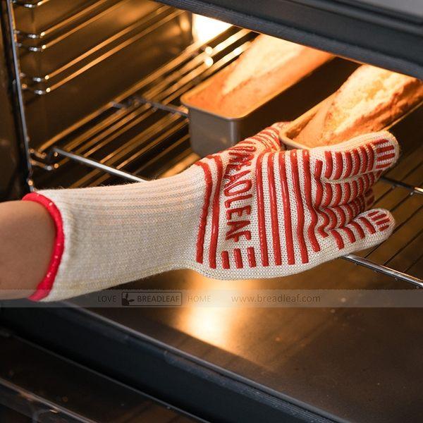 BreadLeaf 五指防滑隔熱手套(一雙) 耐高溫微波爐手套 烤箱手套 烘焙手套 矽膠條紋