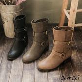 amai作舊感交叉皮帶金屬釦環中筒工程靴 黑