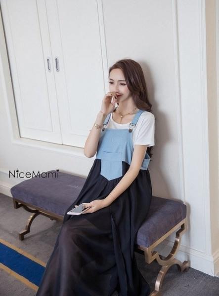 漂亮小媽咪 韓系洋裝 【D092YS】 牛仔 雪紡 拼接 吊帶裙 背心裙 長裙 長洋裝 孕婦裝