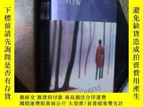 二手書博民逛書店Light罕見on snow 燃燒的雪-精裝帶書衣Y85718