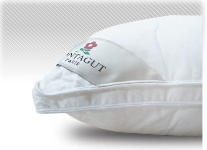 【貝淇小舖】  ☆百貨專櫃品牌【五星級御用羽之棉枕】透氣舒適,支撐效果佳