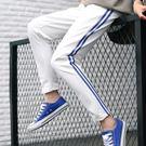 EASON SHOP(GU7592)實拍韓版側邊反光雙條紋槓槓鬆緊腰雙口袋運動褲高腰修身長褲寬鬆顯瘦休閒褲黑色