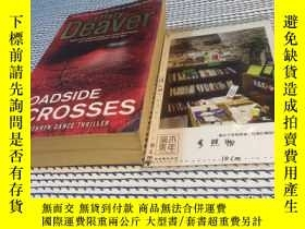 二手書博民逛書店英文原版罕見Roadside Crosses【存於溪木素年書店】