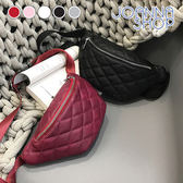 斜背包 手中的沙菱格紋拉鍊式胸背腰包-Joanna Shop