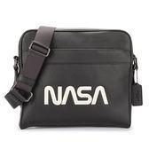 COACH NASA 素面荔枝紋皮革斜背方包(黑色)196053