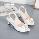 魚口鞋 正韓時尚百搭蝴蝶結細跟高跟鞋女式外穿中跟后空魚口涼鞋大碼女鞋-Ballet朵朵