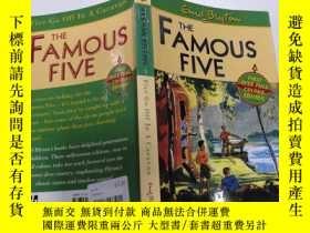 二手書博民逛書店Five罕見Go Off In A Caravan:五個人開著大篷車走了.Y200392