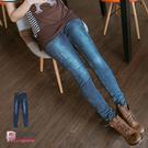 大尺碼牛仔褲--極致細長嫣藍色微刷破窄管...