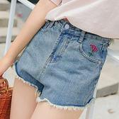 現貨-短褲-S~XL毛鬚邊口袋刺繡花朵牛仔短褲 Kiwi Shop奇異果【SOH7532】