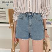 東京著衣-MERONGSHOP-視覺集中車線不修邊抽鬚牛仔短褲-S.M.L.XXL(E190051)