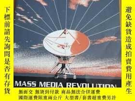 二手書博民逛書店Mass罕見Media Revolution (2012 Edi