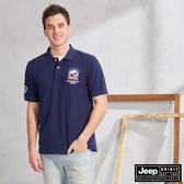 【JEEP】美式徽章圖騰短袖POLO衫(深藍)