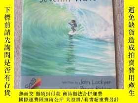 二手書博民逛書店Surfing罕見the Seventh Wave(Sails