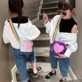 現貨 兒童側背包女孩單肩背包愛心小方包【聚可愛】