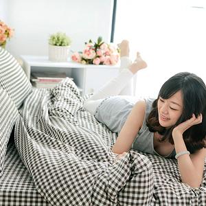 【BELLE VIE】雙層紗水洗棉加大床包被套四件組 台灣製(格紋灰)