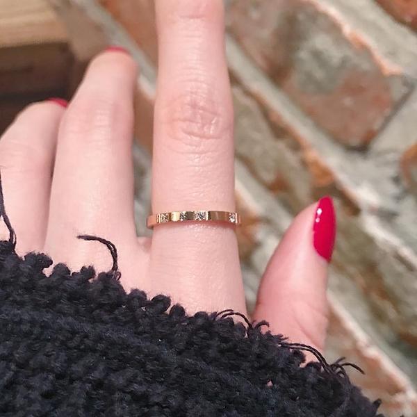 冷淡風極簡約小眾玫瑰金鈦鋼極細鋯石食指戒指女不掉色 淇朵市集