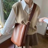 斜挎包 子母包大容量單肩包包女2021新款潮時尚質感百搭水桶包斜挎大學生