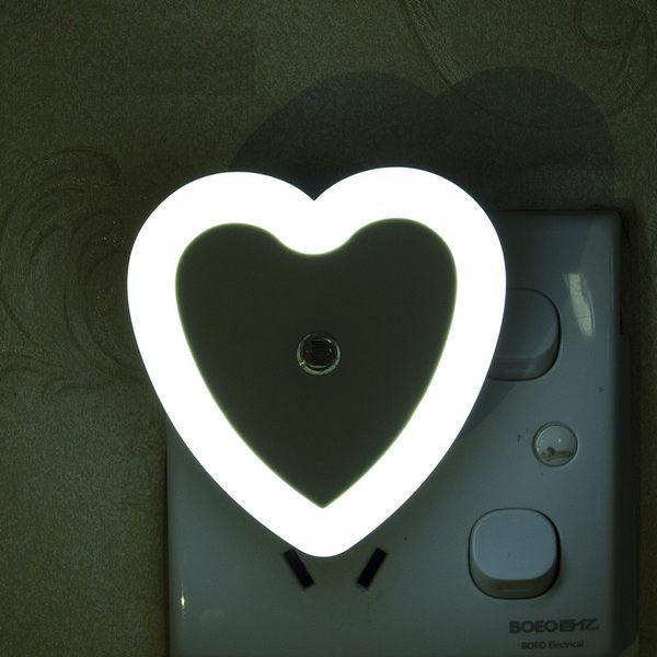 【愛心光控燈】省電節能LED感應光源燈感應燈小夜燈愛心型壁燈走廊燈廁所燈插電式床頭燈夜光燈