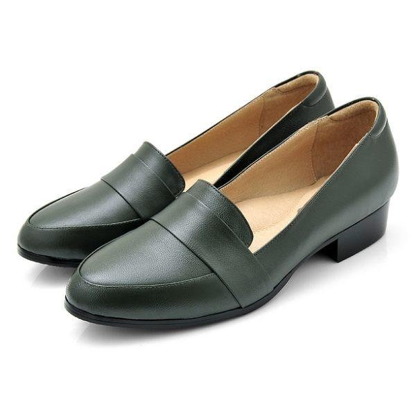 karine(MIT台灣製)全真皮素面低跟樂福鞋-橄欖綠