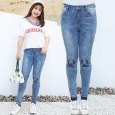 ★韓美姬★中大尺碼~高彈中腰狗狗刺繡牛仔褲(XL~4XL)