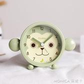小鬧鐘學生用創意男生時鐘卡通可愛迷你兒童簡約靜音個性鐘表擺件 莫妮卡小屋