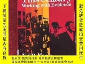 二手書博民逛書店The罕見World This Century( Working with Evidence)本世紀的世界(利用證