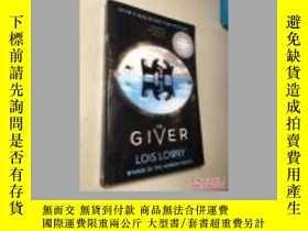 二手書博民逛書店The罕見Giver Movie Tie-In Edition(