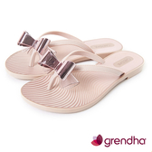 GRENDHA 莫列波紋金屬立體蝴蝶結夾腳鞋-玫瑰金