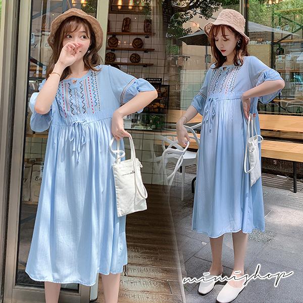 孕婦裝 MIMI別走【P521195】悠美好氣質 民族風刺繡收腰連身裙 孕婦洋裝 長裙