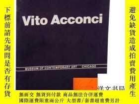 二手書博民逛書店【罕見】Vito Acconci: A Retrospective 1969 to 1980 (Signed Fi