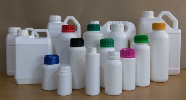 YT店【HDPE塑膠容器】農藥瓶、肥料瓶 1000cc / 1箱 / 100支【台灣製MIT】可用來裝酒精及次氯酸水