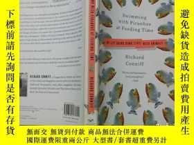 二手書博民逛書店Swimming罕見with Piranhas at Feedi