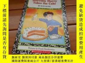 二手書博民逛書店Horrible罕見Harry Takes the Cake 可