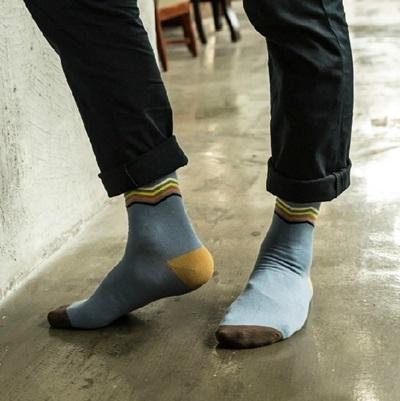 長襪禮盒(5雙裝)-純棉防臭簡約線條時尚男士襪子套組5色72s6[時尚巴黎]