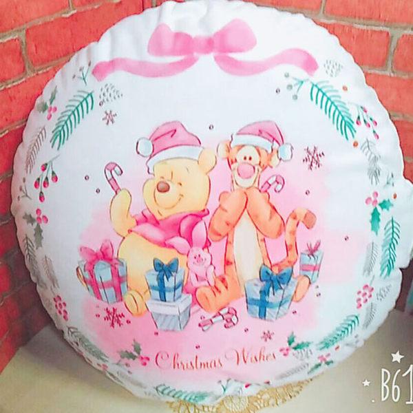 迪士尼維尼抱枕圓枕靠枕坐墊聖誕節款與朋友010902通販屋